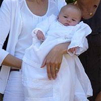 7ef2a8e24c60e Comment habiller bébé pour un baptême
