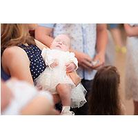 Bapteme-bebe-conditions-catholique-parrain-marraine