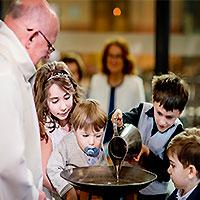 Bapteme-ceremonie-plusieurs-enfants
