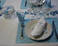 Décoration de table de baptême bleue